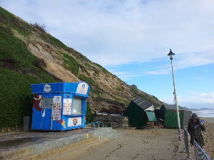 Bournemouth cliff landslip warning